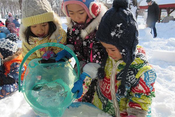 http://www.hoiku-mirai.com/inada/image/04class/1802-kirin.jpg